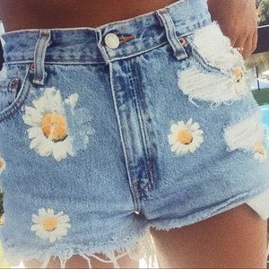 First of a kind Levi Sunflower shorts